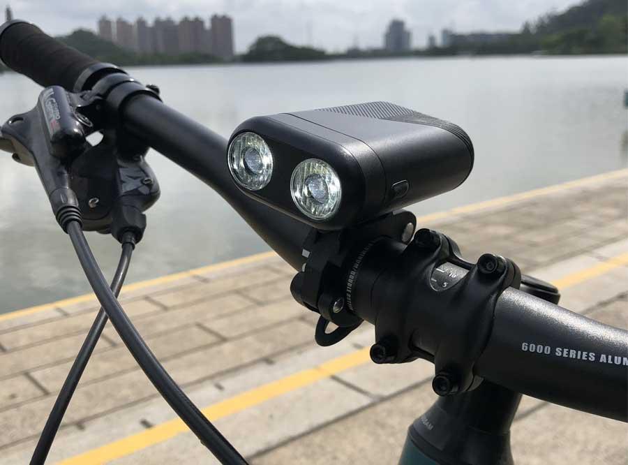 S601赛特莱特USB可充电自行车前灯,带有双光学透镜设计